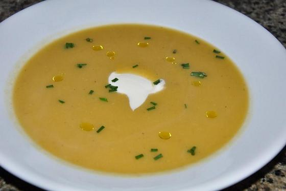 celeriac__fennel_soup