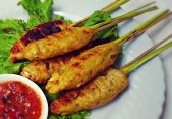 Balinese Pork cooked on Lemongrass Skewers