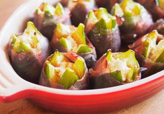 Baked figs with goat's cheese and prosciutto
