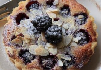 Blackberry tart with Almond frangipane